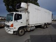2008 Hino FL, fridge body with