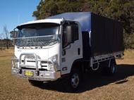 2014 Isuzu NH NPS 250/300