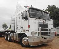 2005 Kenworth K104