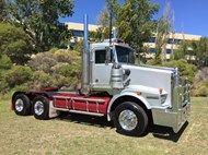 2009 Kenworth T658