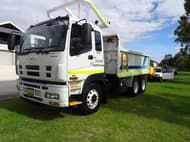 2016 Isuzu GIGA TIPPER WITH AGG