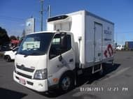 2014 Hino 617 Scully RSV 2 Ton
