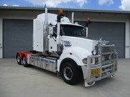 Used 2010 Mack SUPER