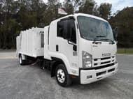 2008 Isuzu FRR600