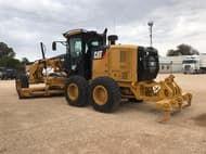 2011 Caterpillar 140M Series Tw