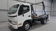 2007 Hino Dutro Bin Truck