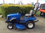 New Holland Boomer 1025