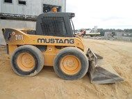 Used 2010 Mustang 21