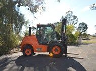 2013 Ausa C500H- *LOW HOURS*