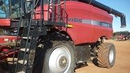 Used CASE IH 8010 /