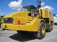 2005 Caterpillar 740 Service Tr
