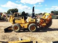 Used CASE 560 TRENCH
