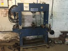 60 ton Hydraulic Press with 25