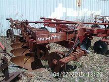 Used WHITE 549 in Sh