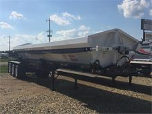 2016 CIRCLE R 42' Triaxle Side