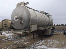 2011 TREMCAR 31,300 Liter Tande