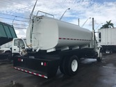 2004 international 4300 water t