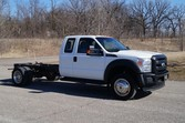 2011 Ford F450 – Cab Chassis –