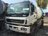 Used ISUZU concrete