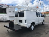 2005 Ford e-350 bucket van