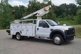 2008 Ford F-450 XL – 30ft Bucke