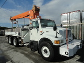 1997 International 4900 Altec D