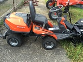 Husqvarna R 322T AWD Mower with