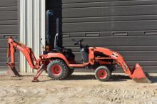 KUBOTA SMALL BACKHOE OUTRIGGER PAD PRICE IS FOR >>>> ONE PAD <<<<