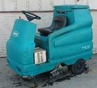 2002 TENNANT 7100 Scrubber