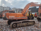 Used HITACHI EX200 E