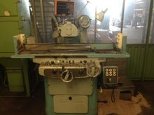 Surface grinding machine Tos BP
