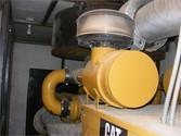 Used 2011 CATERPILLAR 725 KW