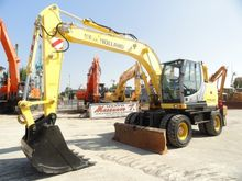 Used 2009 HOLLAND MH
