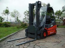 Used 2004 LINDE E25-
