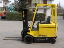 Used 1995 HYSTER E2.