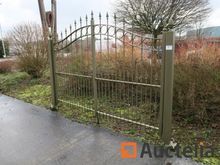 Metal Double Gate