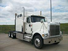 2009 Navistar 9900