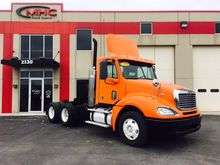 2010 Freightliner FCL12064ST 03