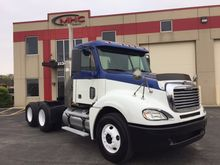 2009 Freightliner FCL12064ST 03