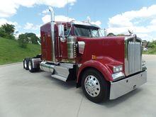 2012 Kenworth W900L 0358201