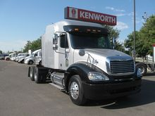 2007 Freightliner FCL12064ST 03