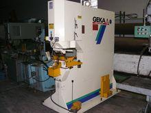 2002 Geka Hydraulic Punch Machi