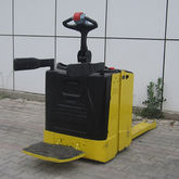Used 2011 HYSTER P2.