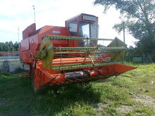 1988 Harvester Combine Dronning