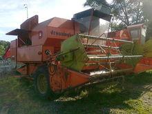 DRONNINGBORG 1200 Combine harve