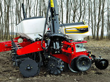 2012 The Challenger Planter 810