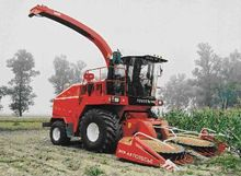 Self-propelled foragers KVK-800