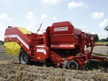 Trailed potato harvester GRIMME