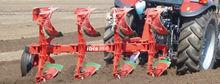 Mounted reversible plow UNIA IB