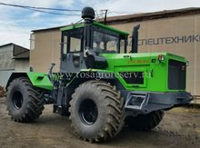 Tractor Kirovets K-714
